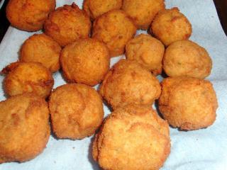 panierte kartoffelbällchen