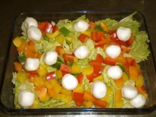 paprika mozzarella salat