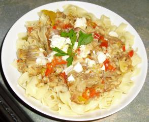 pikantes fischfilet geschnetzelt auf pasta