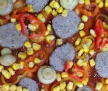 pizza frika style mit cokebbqsauce