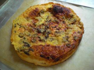 pizzabrot mit champignons estragon und kerbel