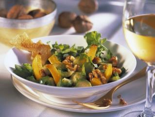 rosenkohl rucola salat mit walnüssen