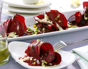 rote bete mit frühlings vinaigrette
