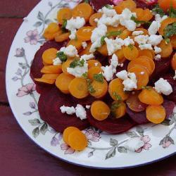 rote bete salat mit karotte und minze