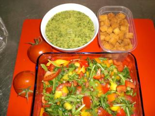 rucola paprika salat