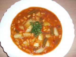 russische bohnensuppe