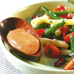 salat aus dreierlei bohnen mit feurig scharfem dressing