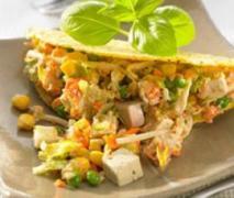 salat mit geflügel käse und tofu