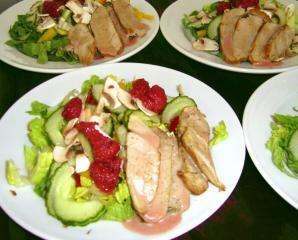 salat mit himbeerdressing und braten resteverwertung