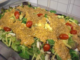 salat mit honig knusper dressing