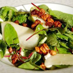 salat mit roquefort birne und pekannüssen