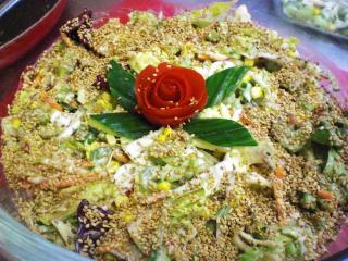 salat mit sesamdressing