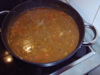scharfe gulaschsuppe aus gulasch vom vortag