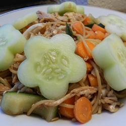 schneller nudelsalat mit hähnchen