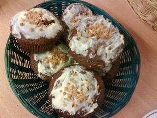schoko muffins gefüllt mit weißer schokolade