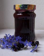 schwarze johannisbeer konfitüre marmelade mit schuss