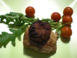 schweinefiletmedaillons mit tomatenkruste