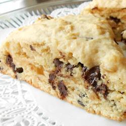 scones mit schokolade und haselnüssen
