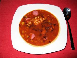 serbische bohnensuppe mit speck
