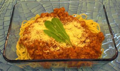 spaghetti mit putenkeulen sugo resteverwertung