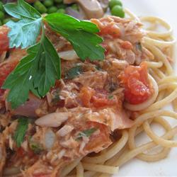 spaghetti mit thunfisch und kapern