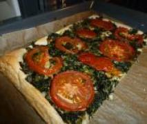 spinat blätterteig kuchen