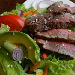 steak salat mit asiatischem dressing