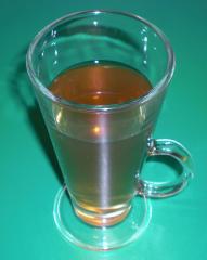 tee rum grog im glas