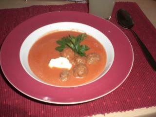tomatencremesuppe mit creme fraiche