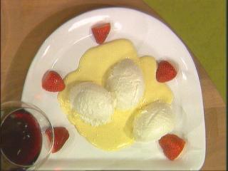 topfenmousse auf vanillesoße