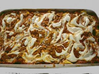 tortellini mit käsefüllung und zweierlei saucen