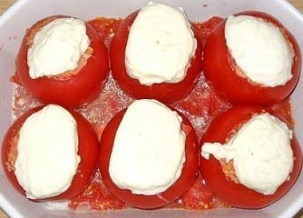überbackene mozzarella tomaten