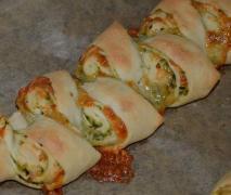 variation von pizza brot zopf partyähre aus fines