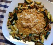 variation von ziegenkäse ebly risotto mit gemüse