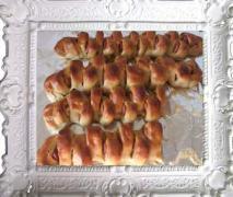 würstchen partyähre variation von pizza brot zopf